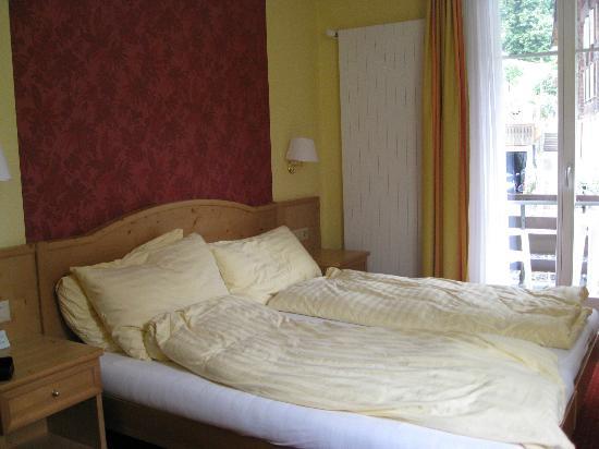 Hotel Staubbach: Bedroom