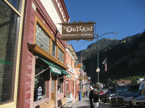 Ouray Hot Springs Pool: Lovely Ouray