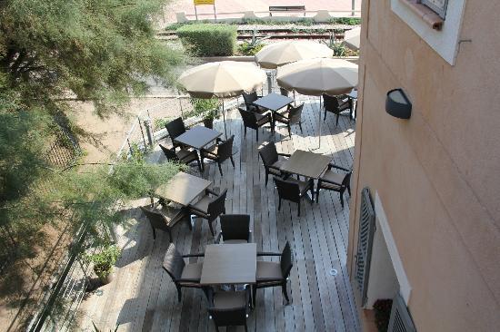Hotel Perla Rossa: terrasse hotel