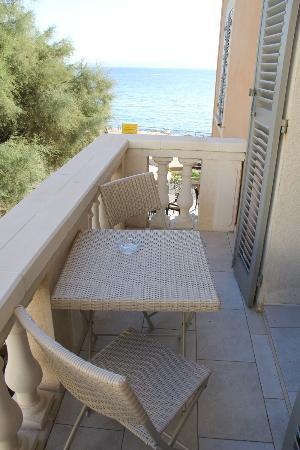 Hotel Perla Rossa: terrasse de la chambre