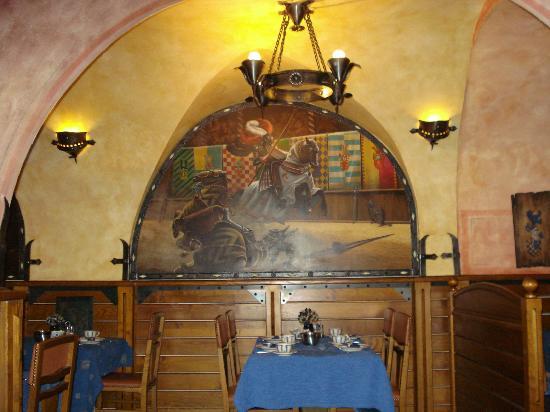 Residence U Cerneho Orla: breakfast room
