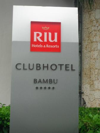 ClubHotel Riu Bambu: Hotel sign