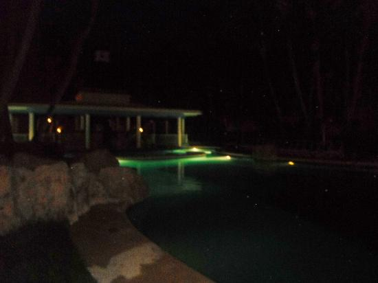 ClubHotel Riu Bambu : pool at night
