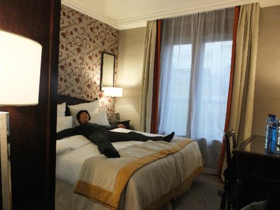 Hotel du Louvre: 部屋スタンダードダブル
