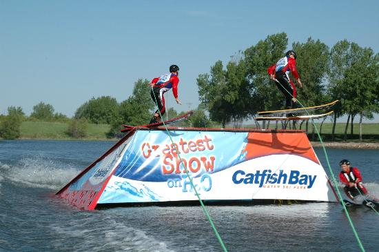 ‪Catfish Bay Water Ski Park - Greatest Show on H2O‬
