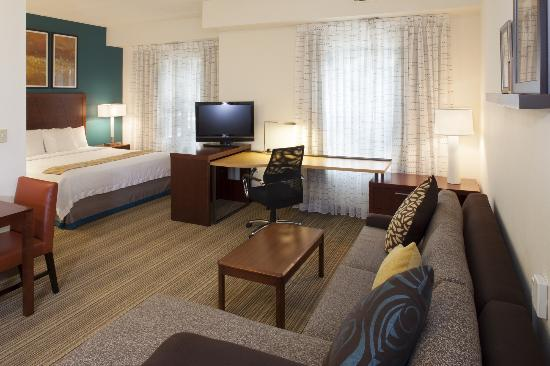 Residence Inn Asheville Biltmore: Newly Renovated King Studio Suite