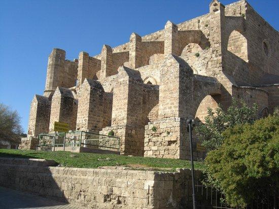 Famagosta, Cipro: Inmens grote en oude bouwwerken