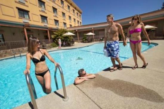 Jackson Rancheria Casino Resort: Pool