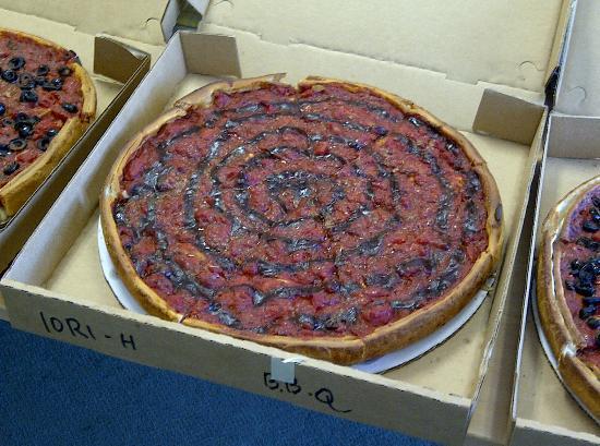 Zachary's Chicago Pizza : BBQ Chicken - Fantastic!!