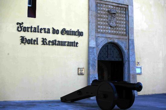 Fortaleza do Guincho: Entrance to hotel