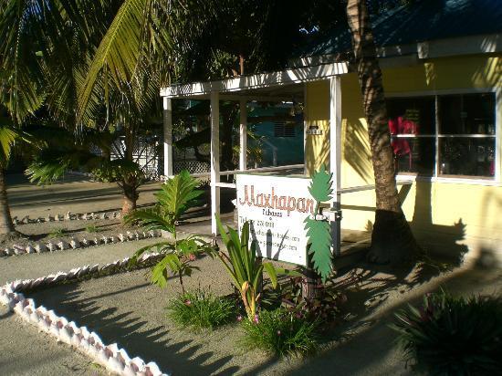 Maxhapan Cabanas : Entrance