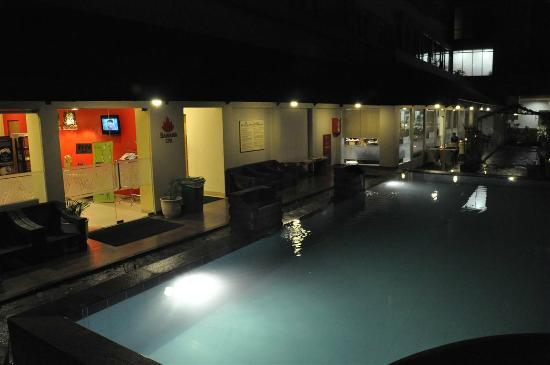 Banana Inn Hotel & Spa: Pool by the Banana Spa