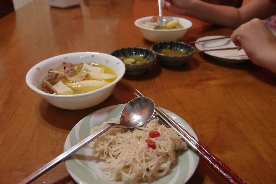 Sheet Music B&B: breakfast of noodles and soup