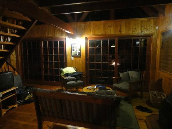Homtini Guest Farm: Living Room