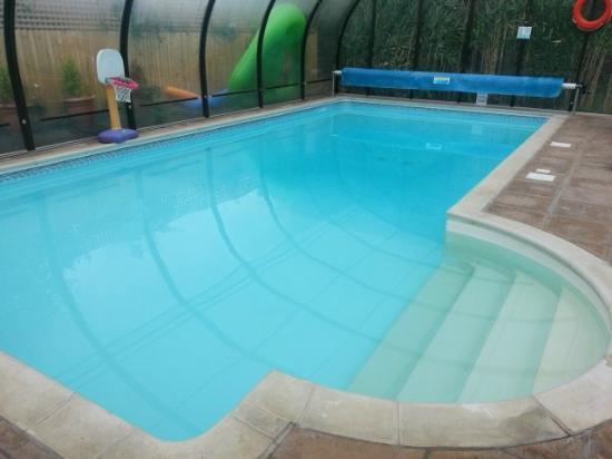 Cypress Log Cabins: Swimming Pool