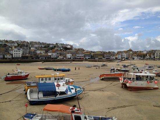 The Beachcomber: st Ives harbour