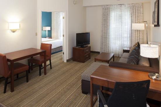 Residence Inn by Marriott Asheville Biltmore: Newly Renovated One-Bedroom Suite