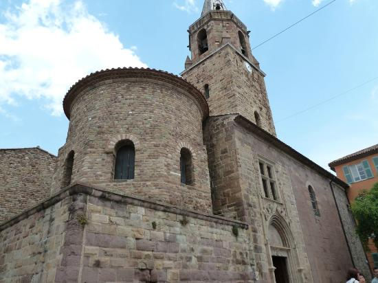 Cite Episcopale: Frejus - the bishop old town