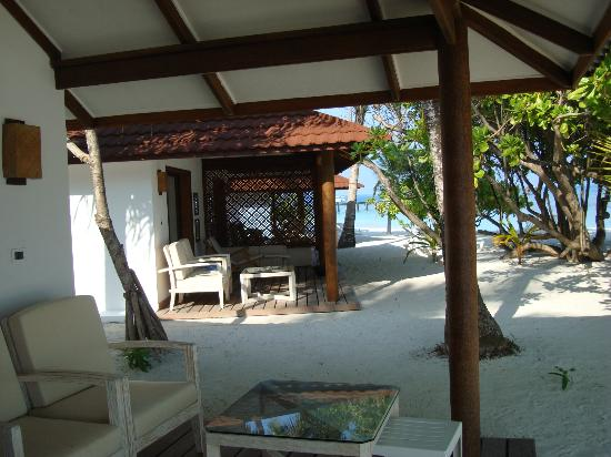 Diamonds Thudufushi: chambre plage