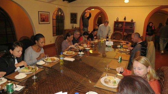 Casa Montero: Dinner time!
