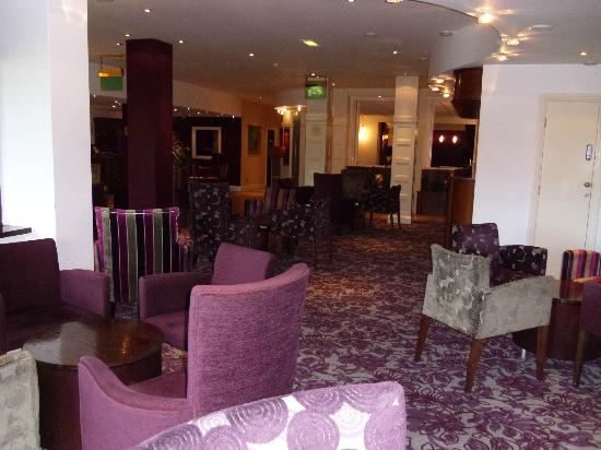 Barton Grange Hotel: Reception lounge