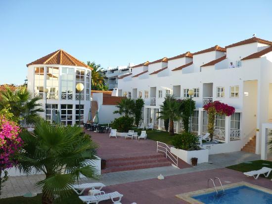 Ouratlantico Apartamento Turisticos: looking towards restaurant