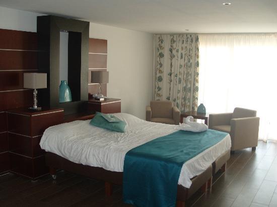 Plaza Resort Bonaire: GandOceanSuite,Zimmer3012