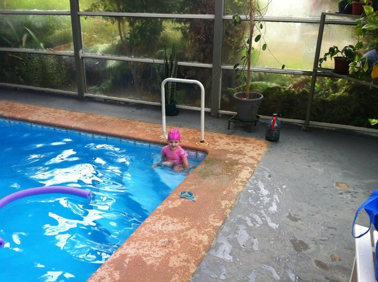 Spa Algarrobo: Mi hija en la piscina temperada