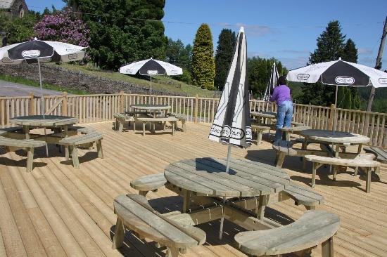 The Brynffynon Hotel: Our beer garden