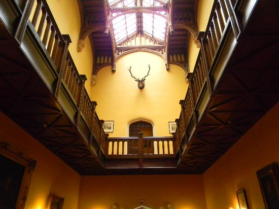 Markree Castle Hotel: Hall