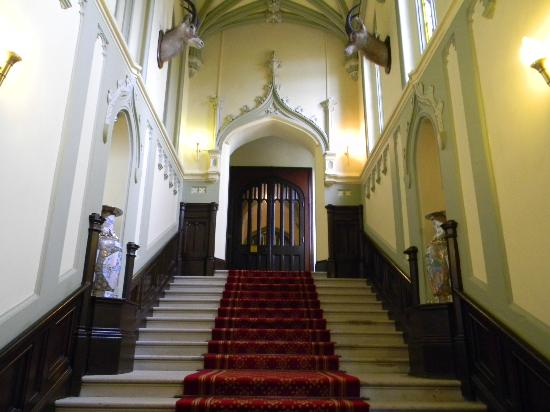 Markree Castle Hotel: Grand entrance