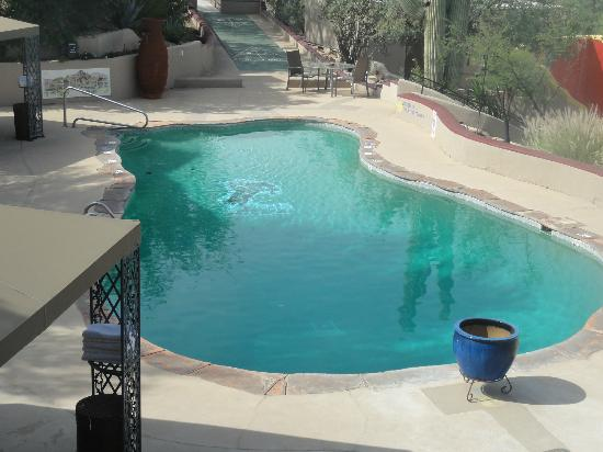 Hacienda Del Sol Guest Ranch Resort: Pool