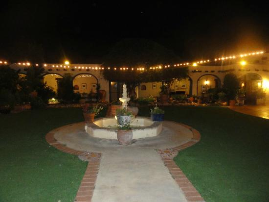 Hacienda Del Sol Guest Ranch Resort: night view