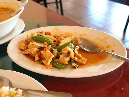 Little Da Nang: Stir-fried Chicken was delicious and we dug right in