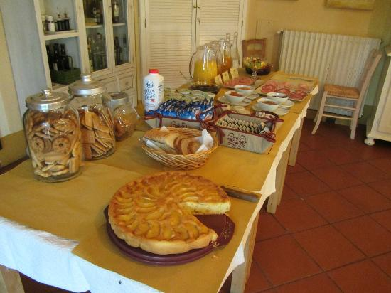 Torraccia di Chiusi: Breakfast Beginngs