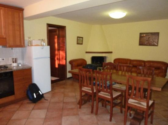 Agriturismo La Maesta: Lovely dining/lounge area
