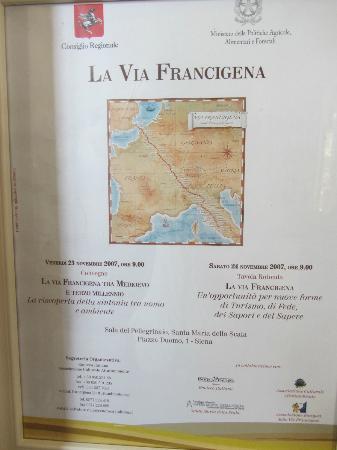 Torraccia di Chiusi: Sign for the old road