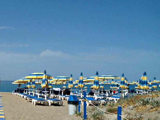 Hotel Club Costa Verde : spiaggia privata