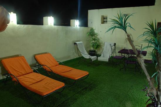 Riad Youssef: Terrasse