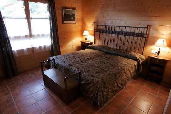 Aras Rural : Habitación matrimonio hotel
