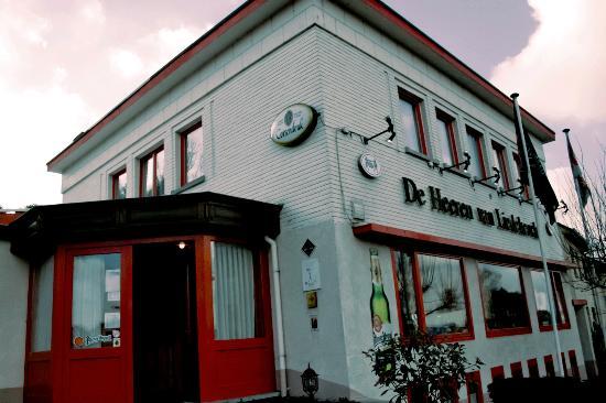 De Heeren van Liedekercke: ingresso del locale