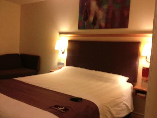 Premier Inn Taunton Central (North) Hotel: Cama