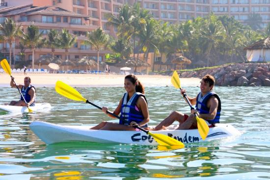 Friendly Vallarta All Inclusive Family Resort: Daily Activities