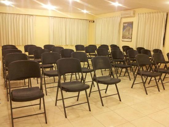 Hotel El Marques: Salon de Juntas