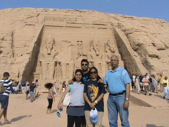 Luxor Excursions - Private Day Tours: Abu Simbel Temple with Family