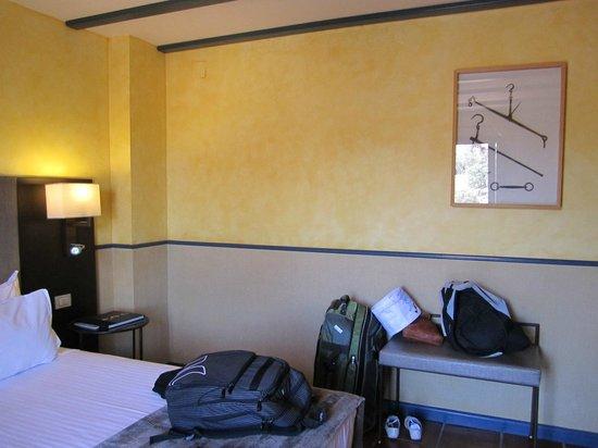 AC Hotel Ciudad de Toledo: Our room