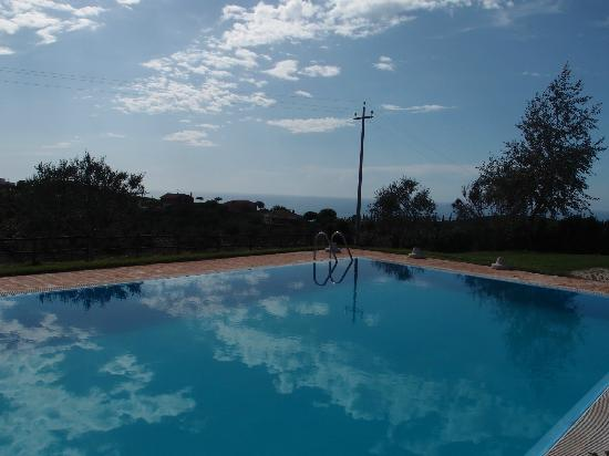 Tenuta dell'Argento Resort: Pool with a view
