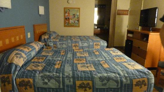 Disney's Pop Century Resort: room