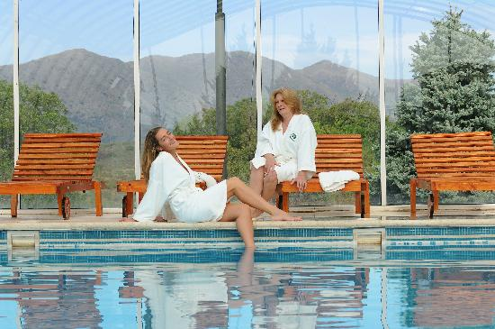 La Posada del Qenti Medical Wellness: Piscinas y Sierras