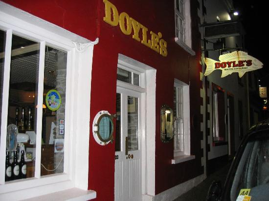 Doyle's Seafood Restaurant: Doyles entry